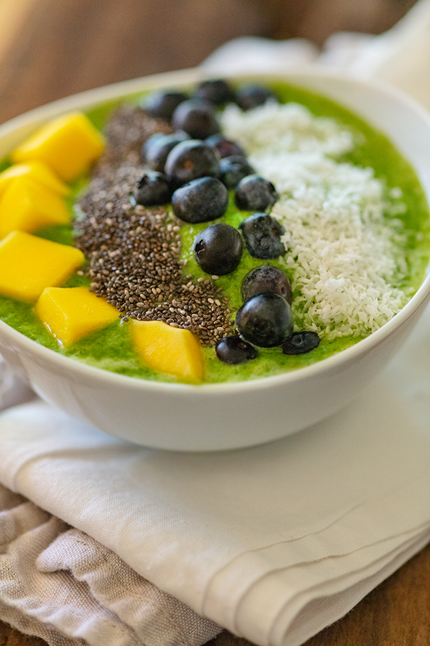 Kale Smoothie Bowl